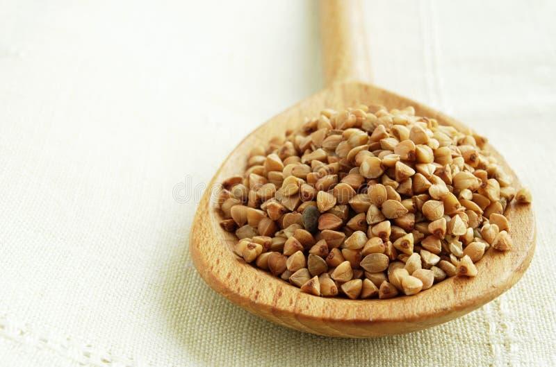 木荞麦的匙子 免版税库存照片