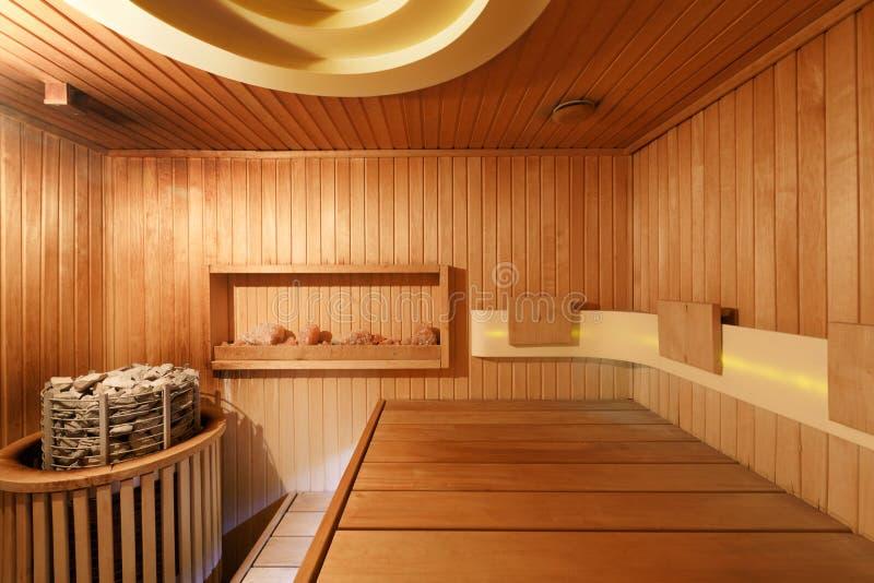 木蒸汽浴内部  免版税图库摄影