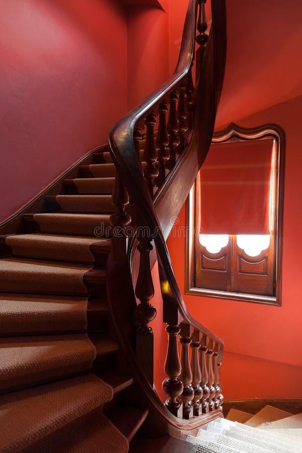 木螺旋形楼梯 免版税图库摄影