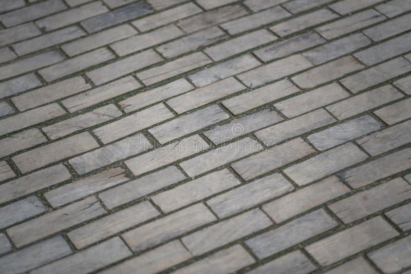 木路面 木路,老路,在铺的老木砖 库存照片