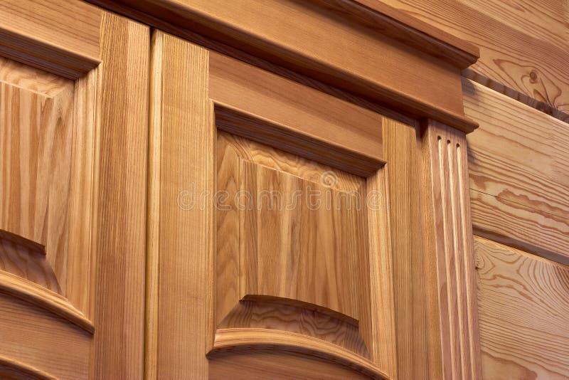 木门特写镜头,木门修剪,门道入口 库存图片