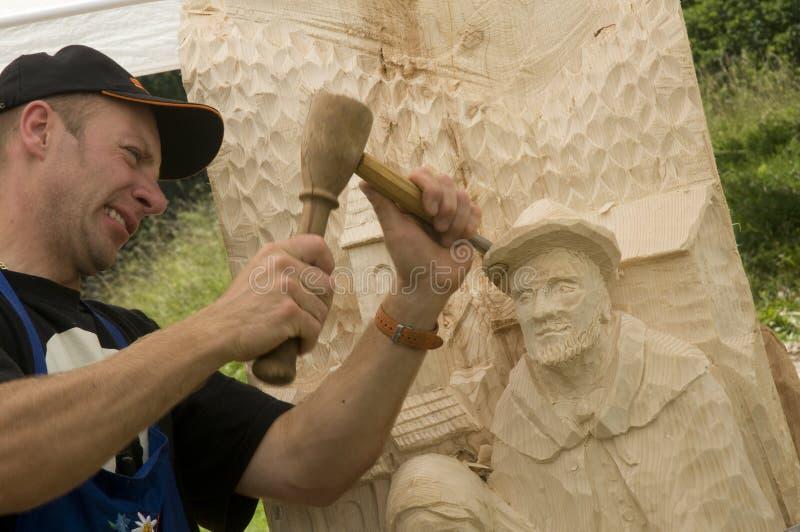 木雕刻家 免版税库存照片