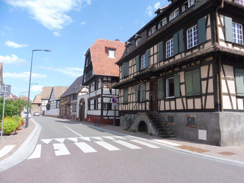 木12 67 2002 05个阿尔萨斯法国老的房子 免版税图库摄影