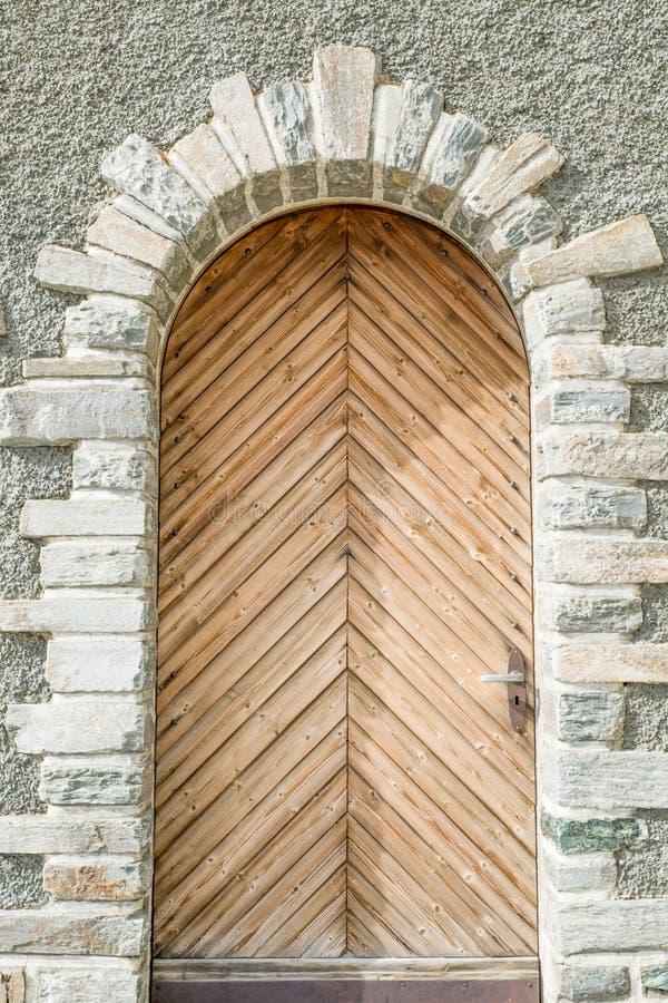 木经典的门 免版税库存照片