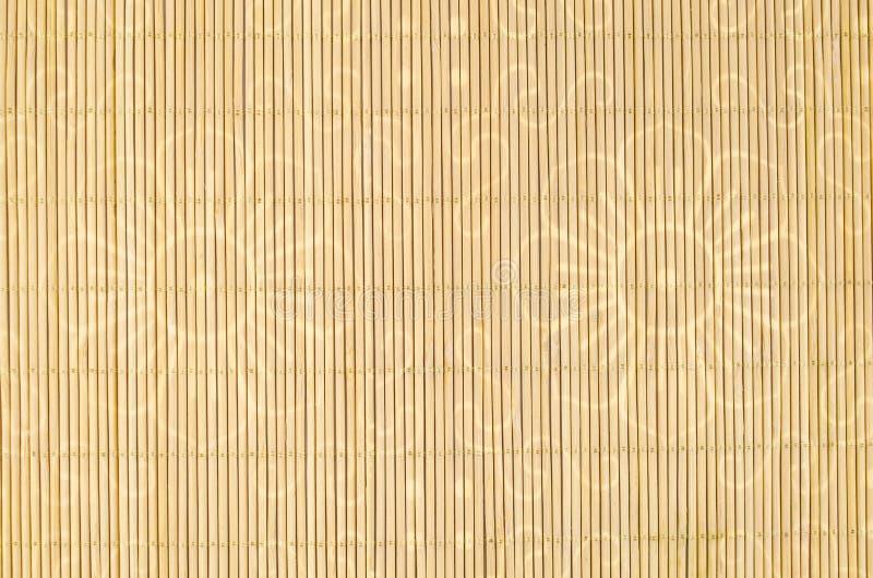 木头,与花主题的柳条背景 免版税图库摄影