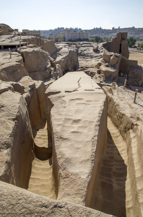 未完成的方尖碑在阿斯旺,埃及露天博物馆  图库摄影