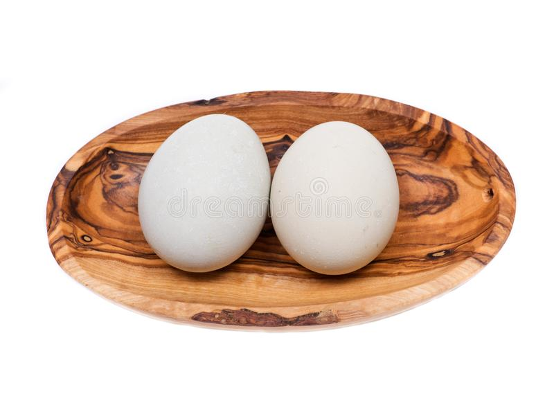 未洗的新鲜的有机gmo和大豆自由牧场地培养了鸡蛋温暖的舒适冬天手套 免版税库存照片