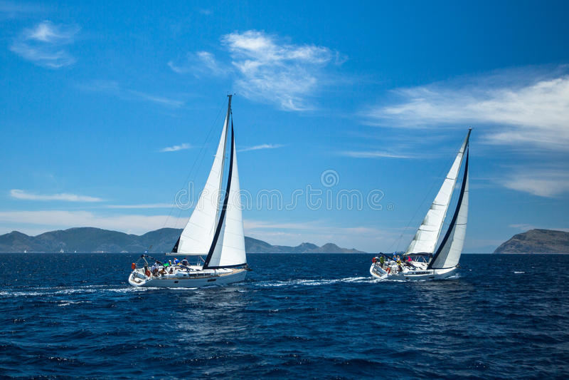 未认出的风船参加航行赛船会 免版税库存图片