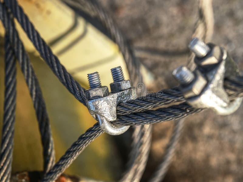 末端结钢索 不锈的套筒螺母 免版税库存照片