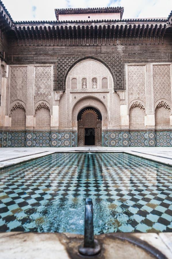 本・马拉喀什medersa摩洛哥yussef 免版税库存图片