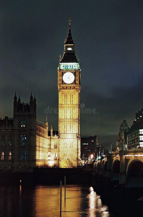 本大房子伦敦晚上议会 库存图片