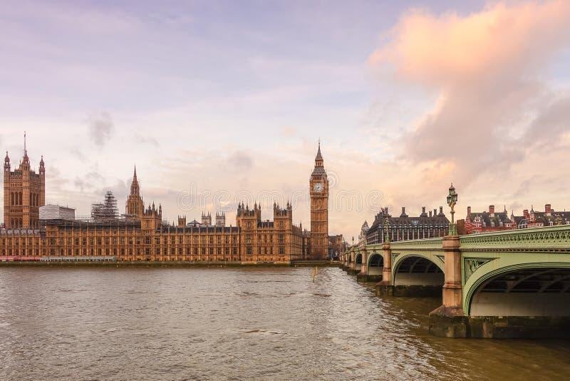 Download 本大房子议会 库存图片. 图片 包括有 吸引力, 重婚, 历史记录, 著名, 英国, 地标, 文化, britney - 72370383