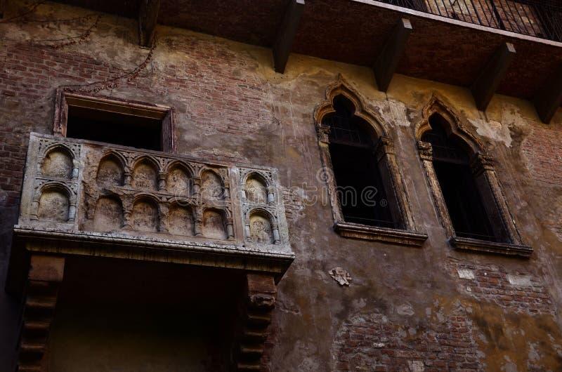 朱丽叶` s房子阳台在维罗纳,意大利 免版税库存照片