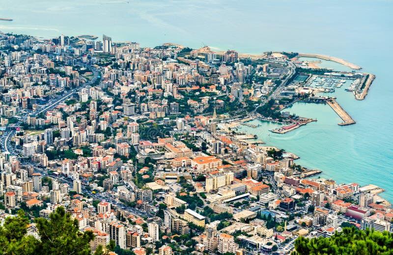 朱尼耶鸟瞰图在黎巴嫩 免版税库存图片