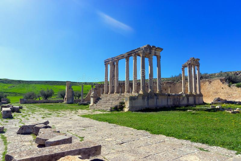 朱诺Caelestis寺庙的Lanscape在杜加,突尼斯 库存照片