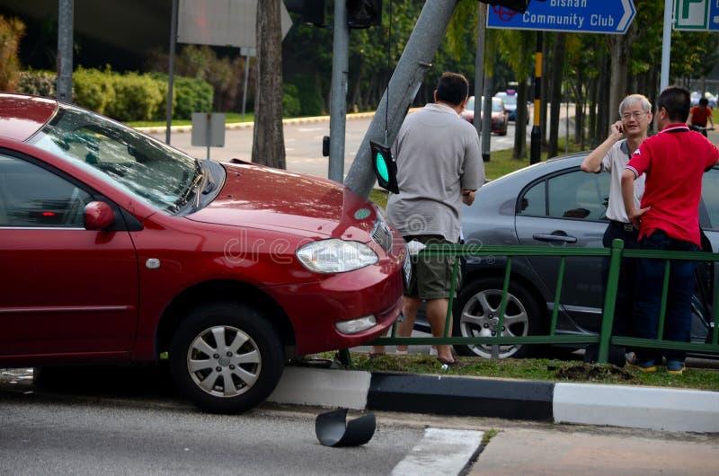 机动车在路面的车祸在新加坡 免版税库存图片
