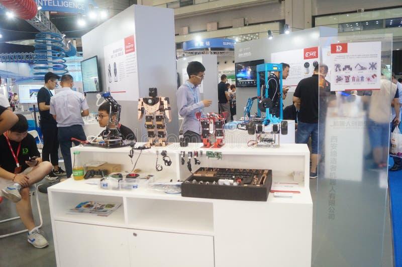 机器人创新生态陈列区在深圳大会和会展中心中 库存照片