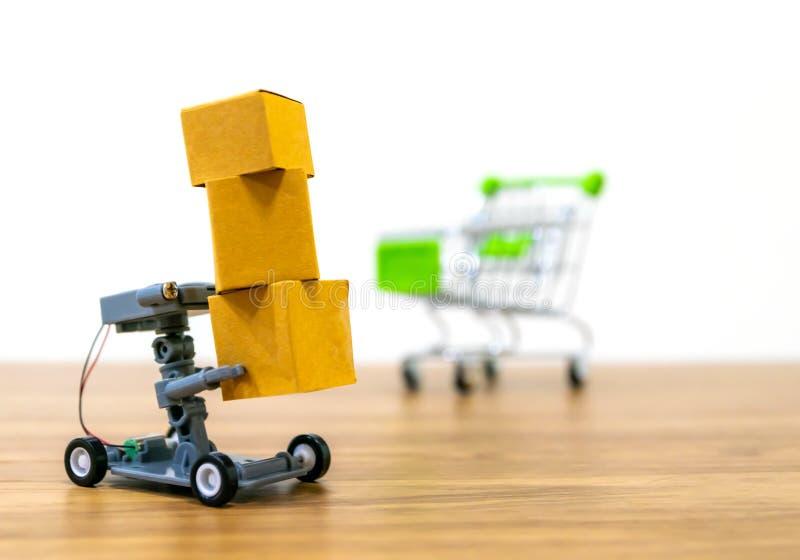 机器人自动交付的网络购物 免版税库存照片