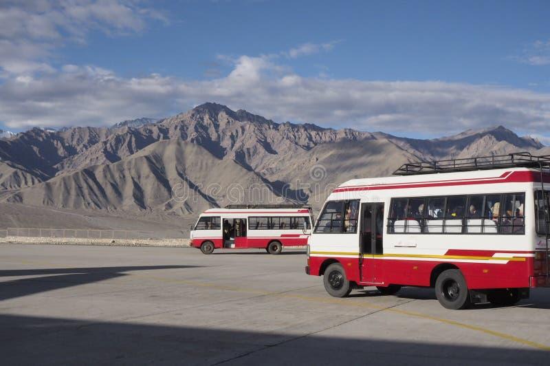 机场公共汽车 库存图片
