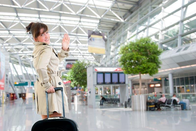 机场国际妇女年轻人 库存照片