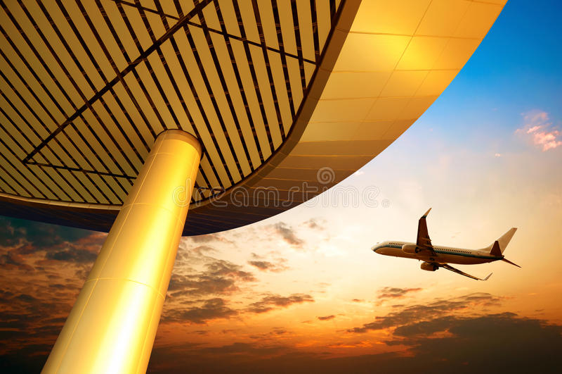 机场夜间pudong上海 库存照片
