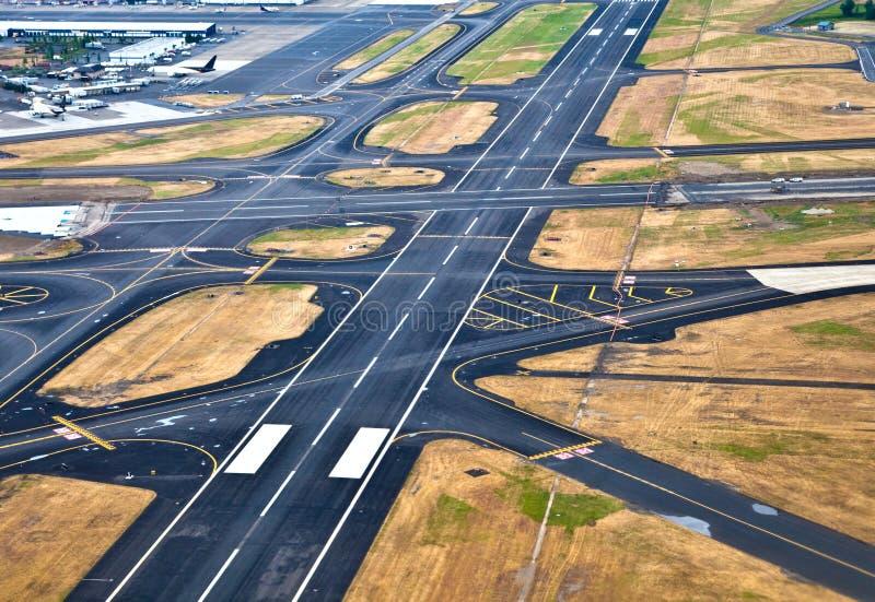 机场跑道 库存图片