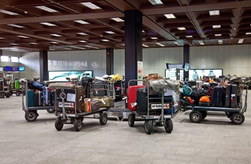 机场闭合的由于爆发向火山的苏黎世 免版税库存图片