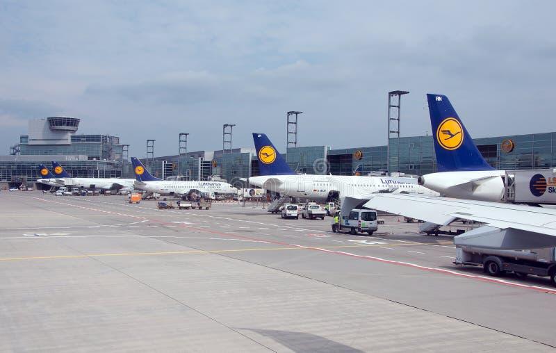 机场风景在法兰克福,德国 库存照片