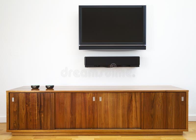 机柜水平的电视 免版税库存图片