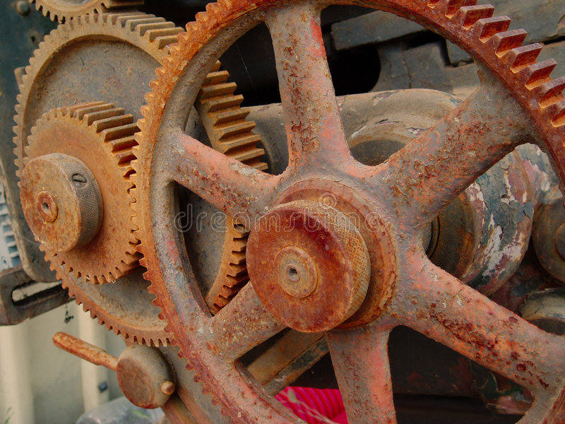 机械生锈的v 库存照片