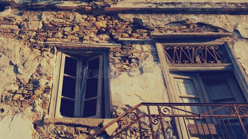 朽烂的,纳克索斯,希腊议院 免版税库存照片