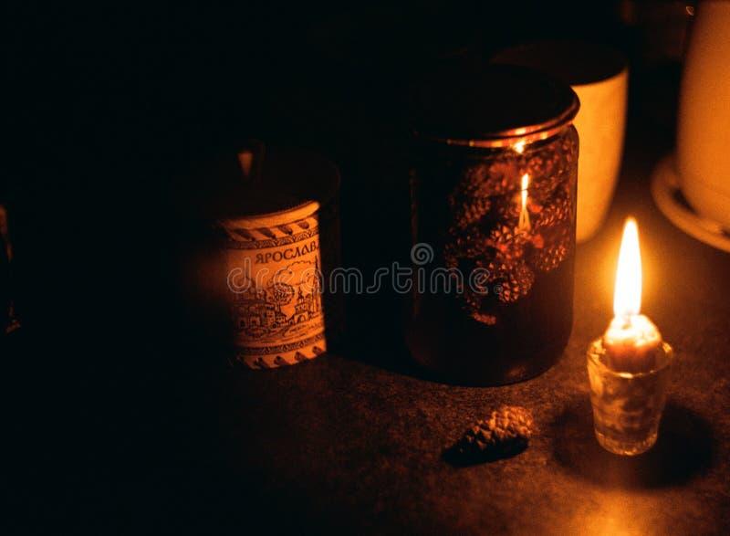 杉木果酱用红茶有益于创造温暖 免版税库存照片