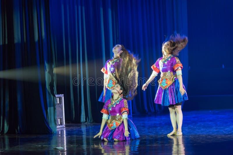 李巴恩舞蹈5丁香舞蹈戏曲 库存照片