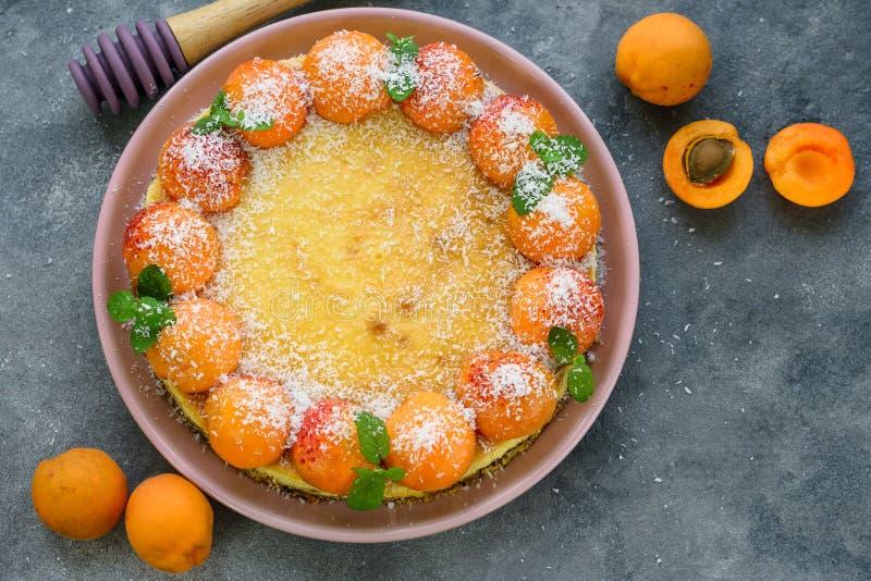 杏子乳酪蛋糕 免版税库存图片