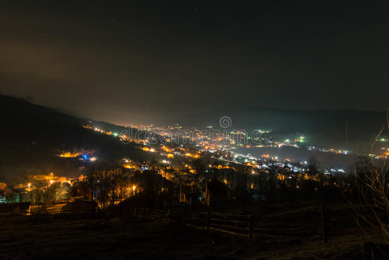 村庄在夜之前 免版税库存图片