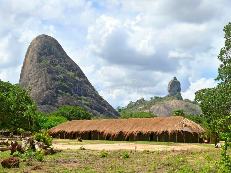 村庄在山。  免版税库存图片