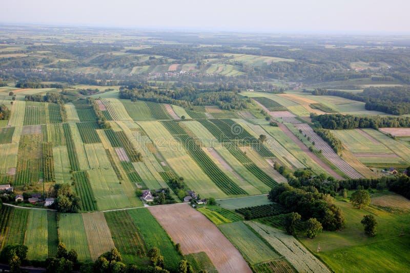 村庄横向,空中照片鸟瞰图  免版税图库摄影