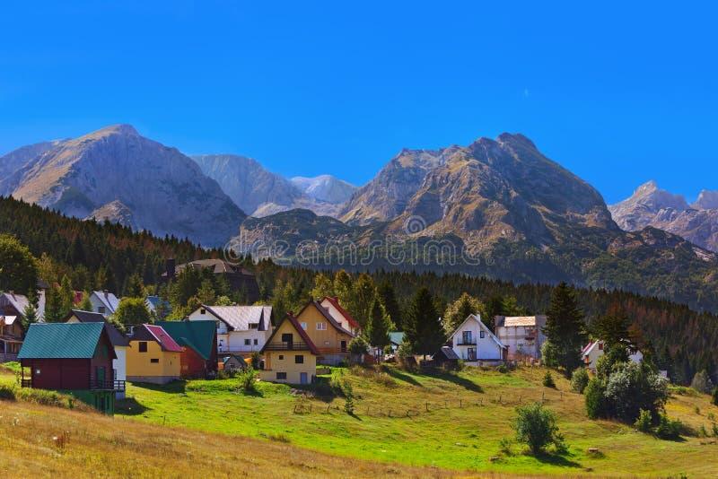 村庄Zabljak在杜米托尔国家公园-黑山 图库摄影