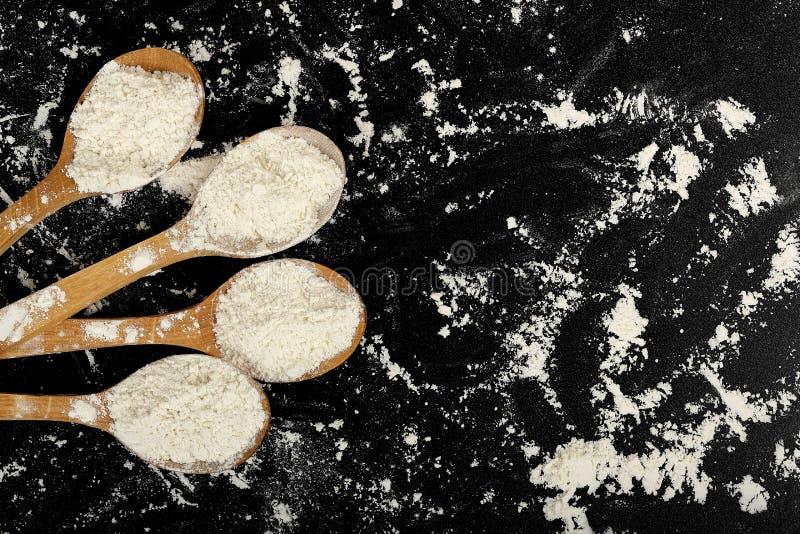 杓子面粉 免版税库存图片