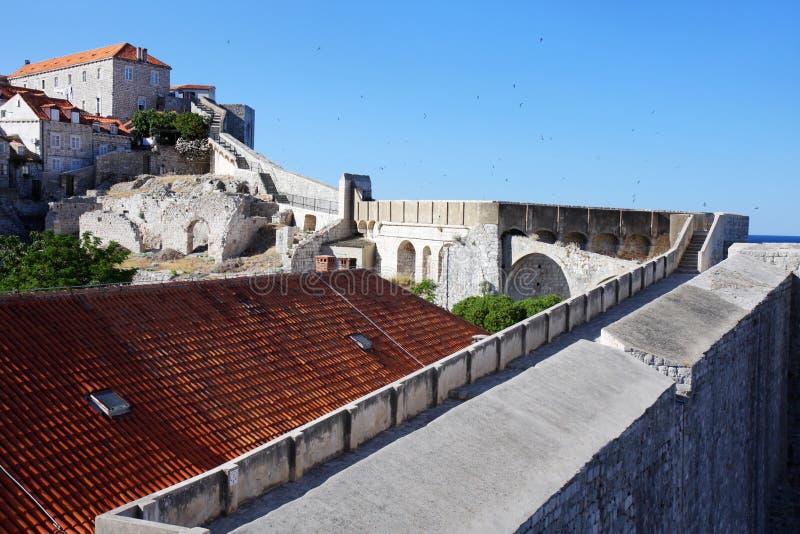 杜布罗夫尼克市堡垒老墙壁 免版税库存图片