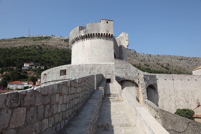 杜布罗夫尼克市筑了堡垒于墙壁 免版税库存图片