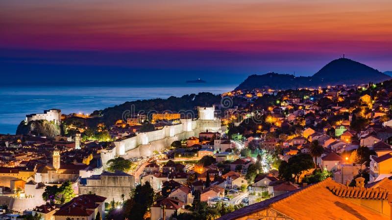 杜布罗夫尼克日落在克罗地亚 免版税库存照片