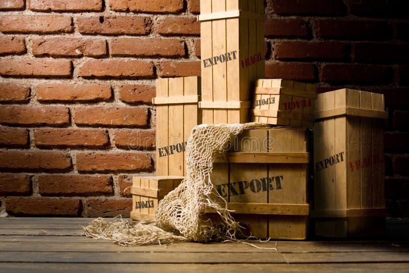 条板箱导出被包装的木 免版税库存照片