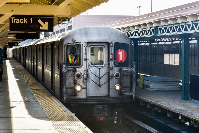 242条街道驻地- NYC地铁 免版税库存照片