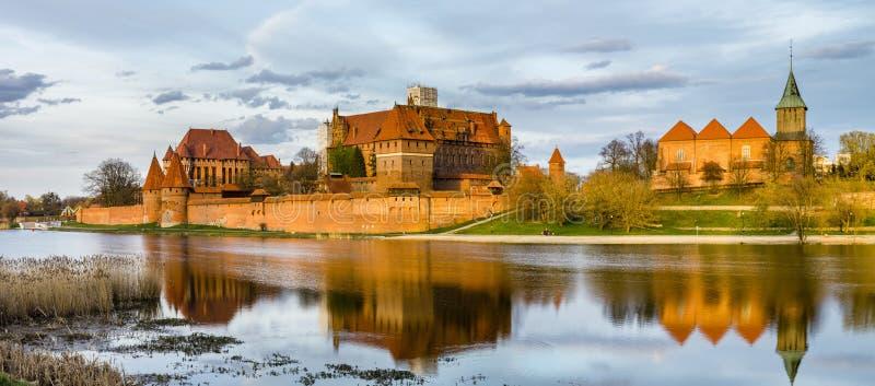 条顿人城堡在马尔堡(Marienburg)在Pomerania (波兰) 库存图片