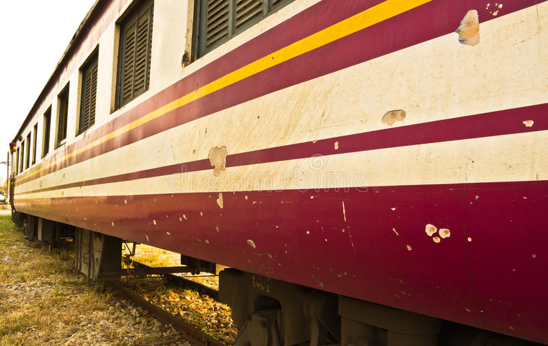 来路不明的飞机三等泰国的支架火车 免版税图库摄影