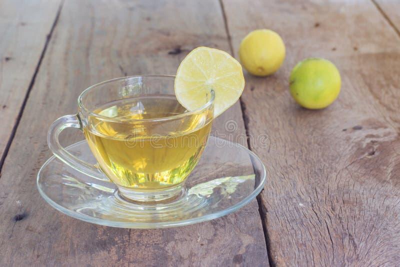 杯子健康茶 免版税图库摄影