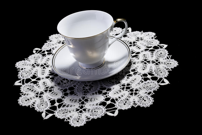 杯子小垫布小的白色 免版税库存图片