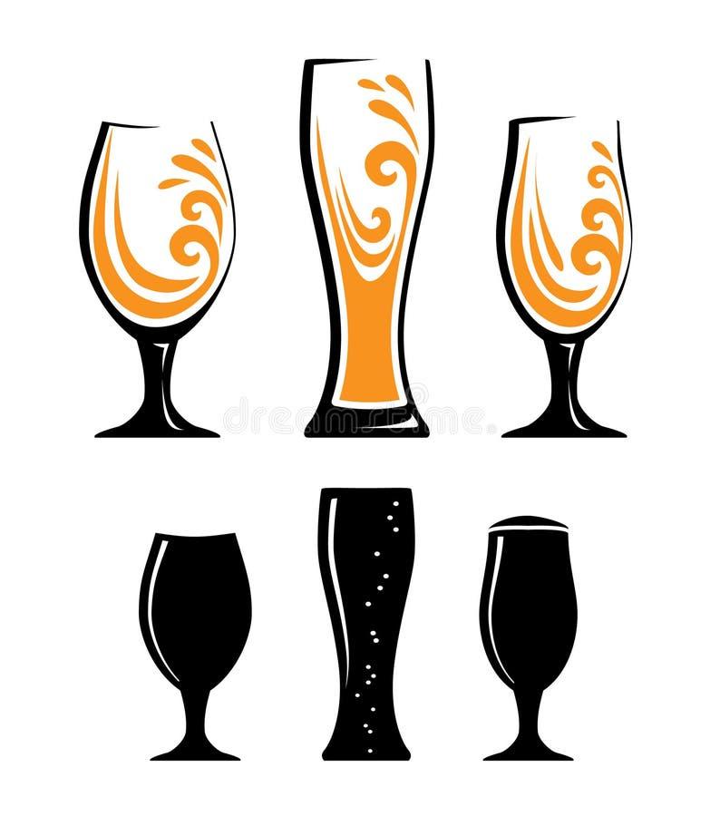 杯橙汁和黑剪影 库存例证