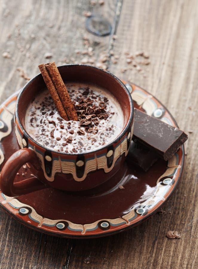 可可粉和巧克力 免版税库存照片